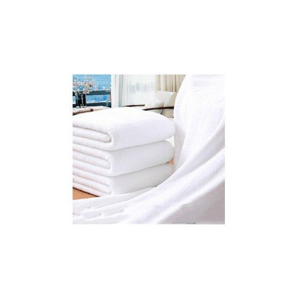 Fehér bordűr nélküli sima frottír törölköző, 50 x 100 cm