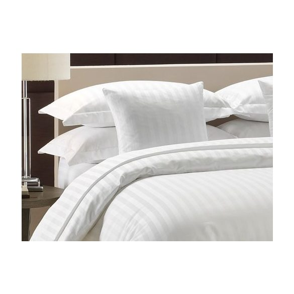 Szállodai fehér, 2 cm széles csíkozású damaszt-szatén ágynemű huzat szett